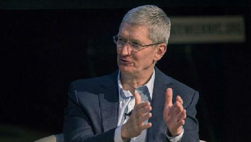 库克:企业市场一年为苹果带来 250 亿美元