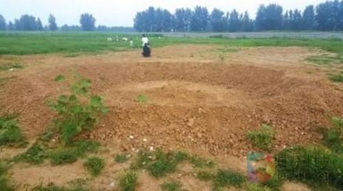 """5日,记者来到位于河北省秦皇岛市北戴河区车站村的""""巴铁""""测试路段."""