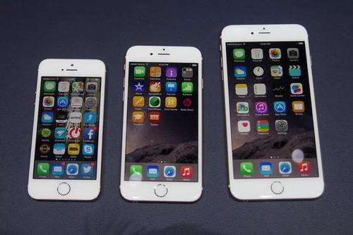 大屏手机狂飙突进多年,小屏手机正在逐渐回归?
