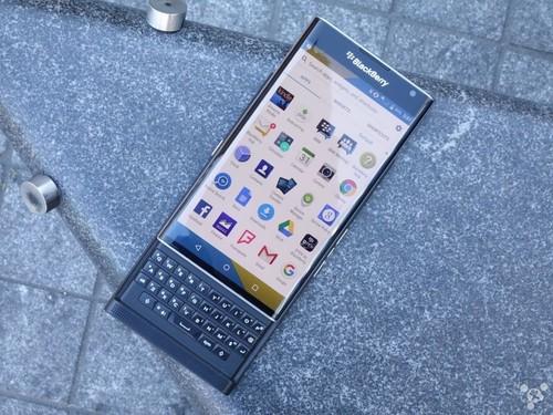 黑莓承认定价过高_人们想要400美元手机_互联网头条