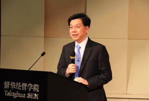 创新工场ceo_创新工场CEO李开复:未来大量的工作都将被机器取代_互联网头条