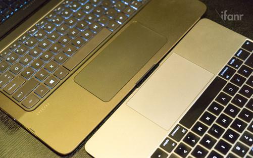 这一点上,与键盘按键单独背光设计,亮度可调节的 macbook 还是有一定