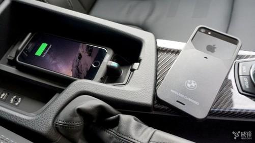 这款保护壳可让iphone在宝马车内无线充电